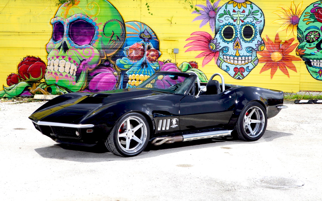 CLASSIC MUSCLE CARS - MIAMI MOVIE CARS